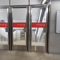 изготовление маятниковые двери из нержавеющей стали для метро новопеределкино