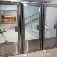 Распашные Двери маятниковые типа метро