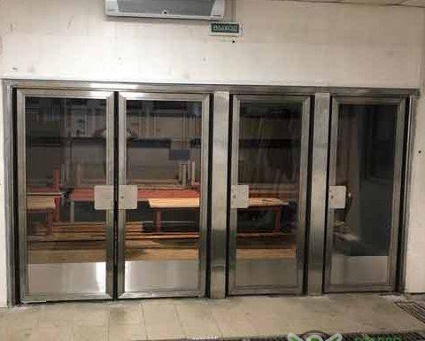 Маятниковые двери станция Фили