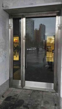 Двери для бизнес центров