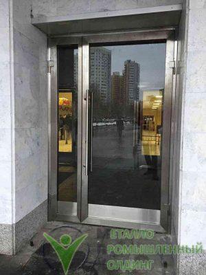 dveri iz nerzhaveyushhej stali 1002