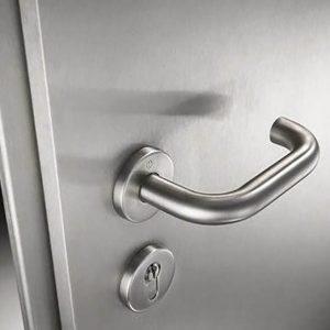 nerzhaveyuschij dveri 05