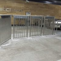 изготовление Ограждения для турникетов в метро