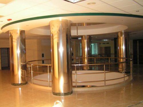 Облицовка колонн премиум-класса в Москве