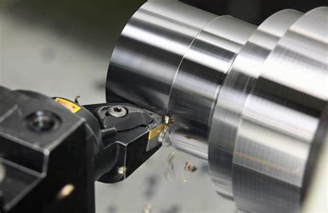 обработка цилиндрических поверхностей на токарном станке