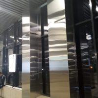 Облицовка квадратных колонн. Станция Нахабино. Москва